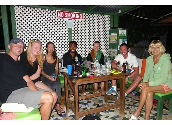 Judy House Cottages and Rooms: Nightly hangouts under the cabana!
