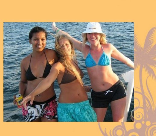 Island Life Charters: A day on the boat with friends