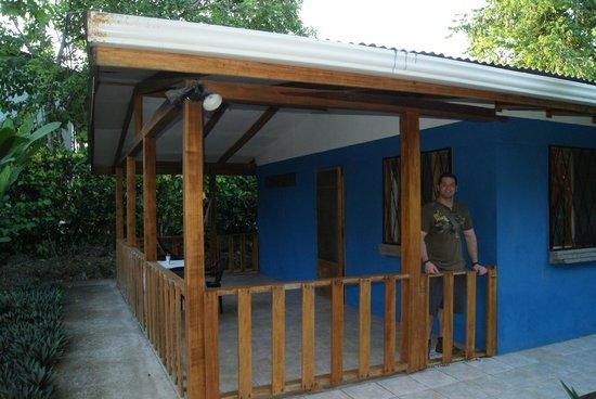 Cabinas Caribe Luna: the small blue cabin