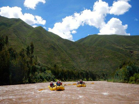 Activities Peru: rafting the Urubamba