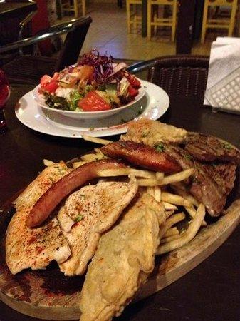 El Caminito : grill for two