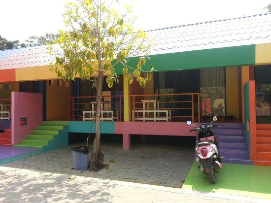 Xanadu Beach Resort Koh Larn: Front view