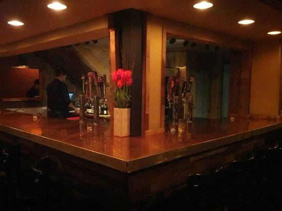 Ember : Beer & Wine Bar
