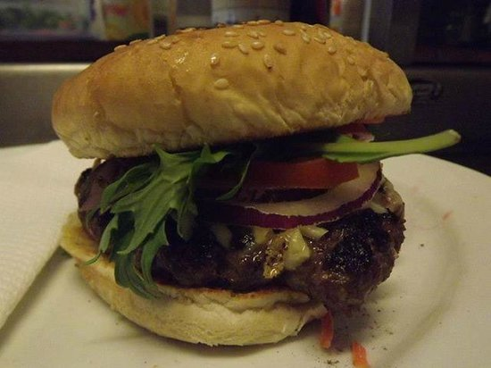 The Royal Hotel Nelson: Our Homemade Beef Burger
