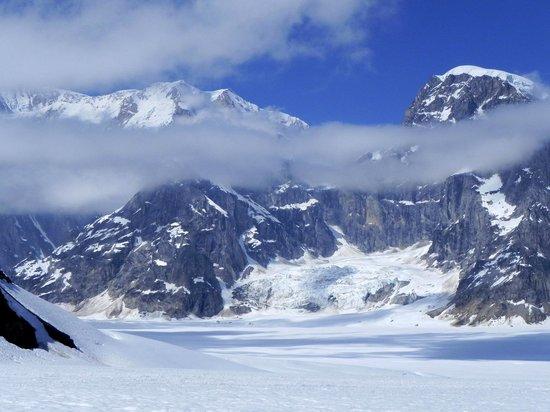 Talkeetna Air Taxi: Glacier landing - what an amazing stop!