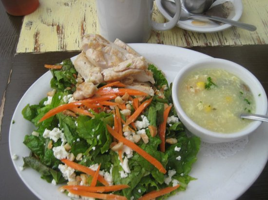 Island Lava Java : soup and salad