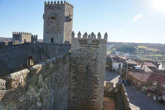 Palheiros do Castelo
