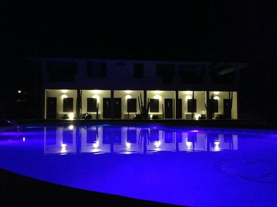 Posada Rancho Delfin: piscina