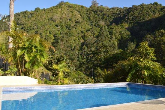 Casa Grande Bambito Highlands Resort : Piscina
