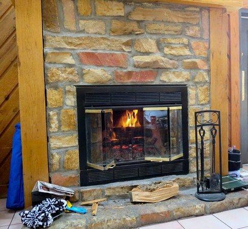 Burdette Park : Fireplace