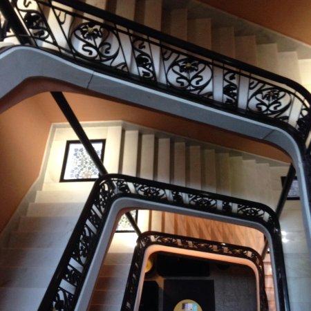 Hotel Espana : Stairs.