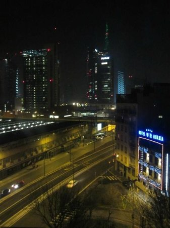 AC Hotel Milano: Night view tower