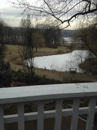 Buttermilk Falls Inn & Spa: View from Winterberry balcony