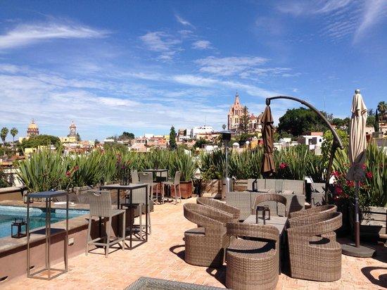 Hotel Nena : skybar