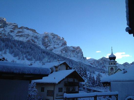 Hotel & Spa Rosa Alpina: A meter or fresh snow