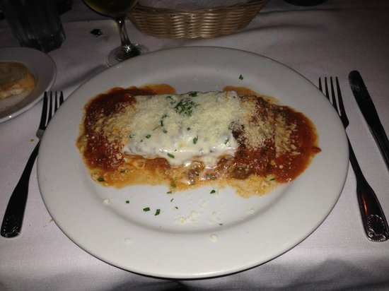 Mezza Luna: Amazing Lasagna