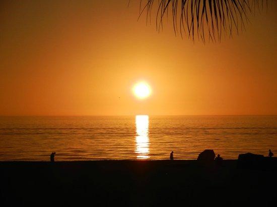 Sirata Beach Resort: Beautiful sunsets