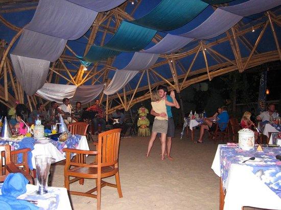 Villa Almarik Resort Lombok: New Year celebration on the beach