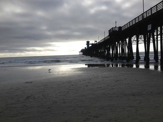 Oceanside Pier: Pier at Four PM