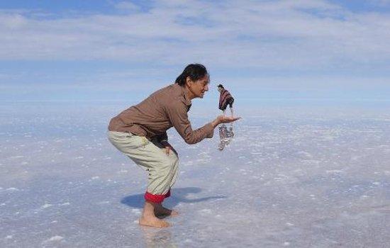 Salar de Uyuni: On the salt flats