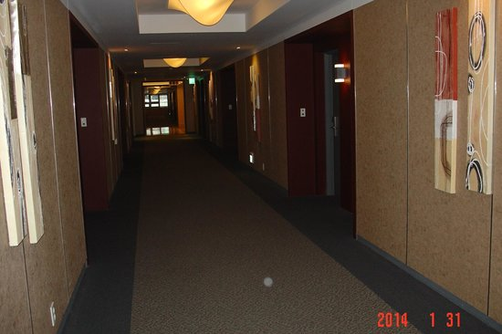 Hotel PJ Myeongdong: corridor