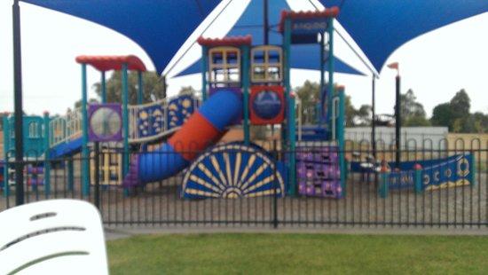 Tindarra Resort: Playground