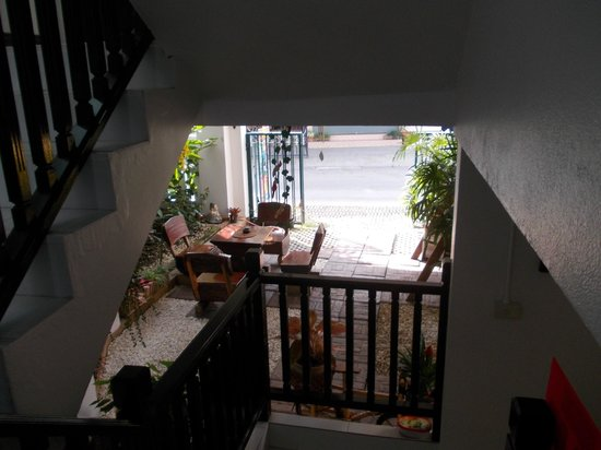 Top Garden Boutique Guesthouse: Stairwell