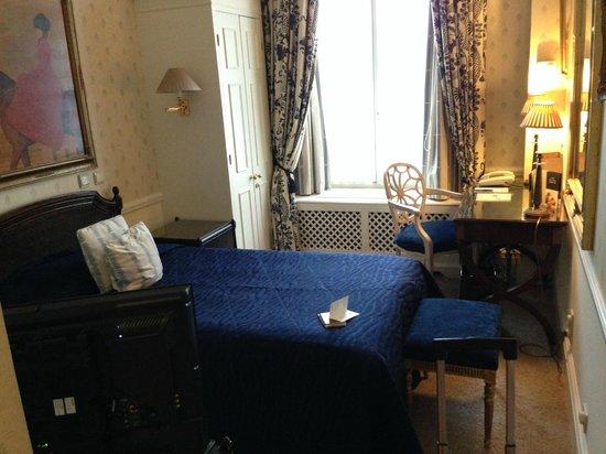 Stanhope Hotel: ett rätt litet rum