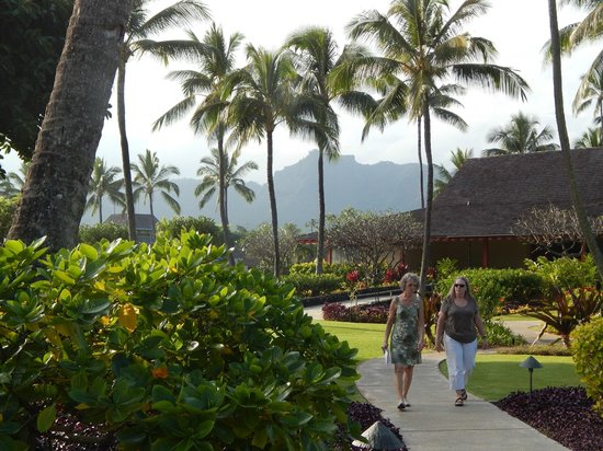 Kauai Coast Resort at the Beachboy: Grounds are simply breathtaking