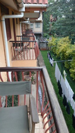 Sabina Country Inn, Karen: View from balcony. Who does the washing belong to?