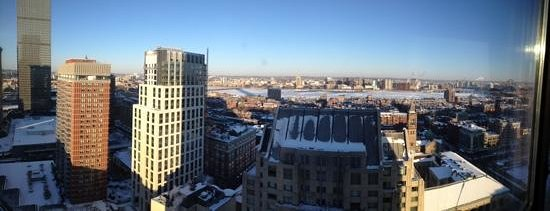 The Westin Copley Place, Boston : great view of the frozen river