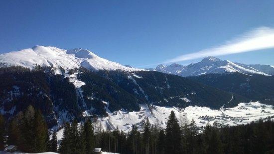 Aussicht Vom Liegestuhl Auf Dem Balkon Bild Von Berghotel