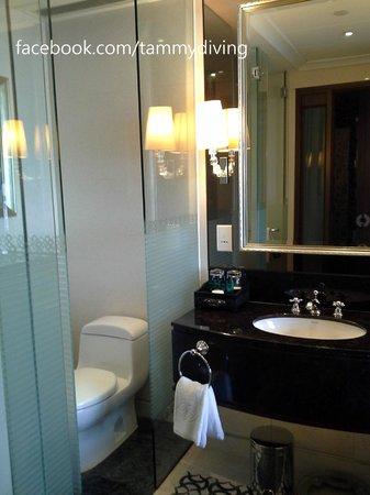 Sofitel Macau At Ponte 16 : bath room