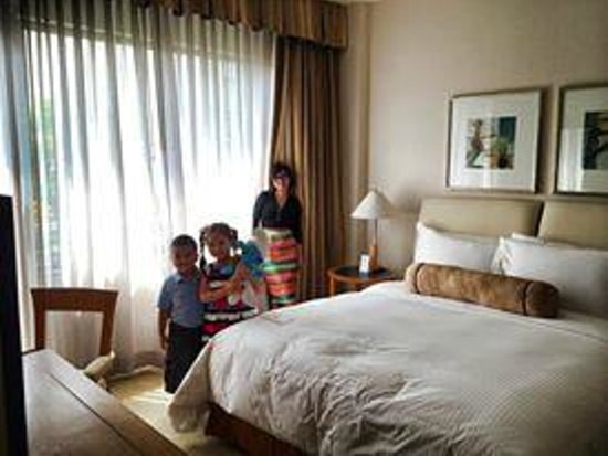 Caravelle Saigon: Junior suite room