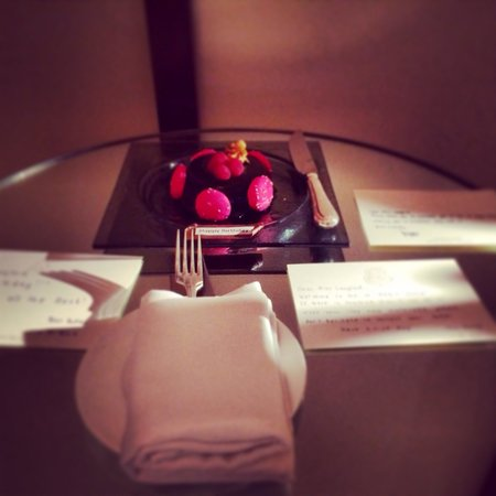The St. Regis Doha: Complementary birthday cake