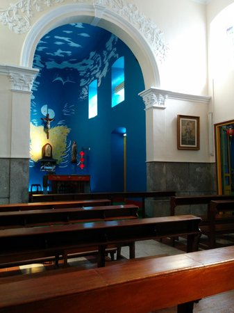 St. Francis Xavier Church : Church inside