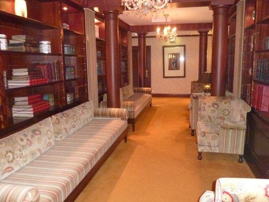 Hotel Metropole Monte-Carlo: Il corridoio del VII piano