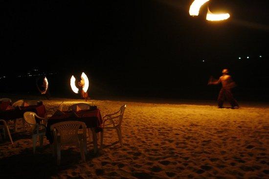 Klong Prao Resort Koh Chang: фаер шоу