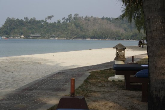 Klong Prao Resort Koh Chang: пляж