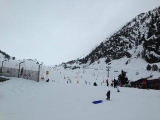 Xalet Verdu Hotel: Pistas de esquí