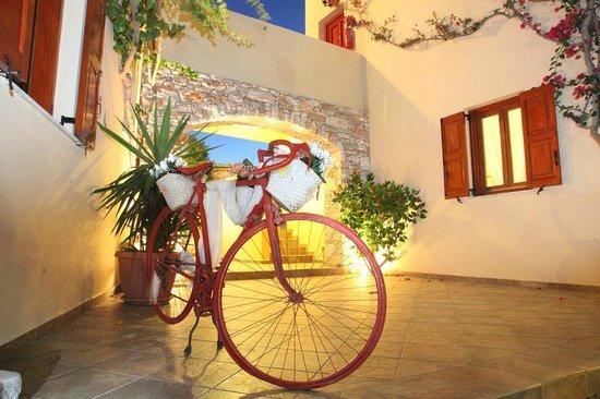 Ventoura Studios & Apartments: Αποψη Προσοψης
