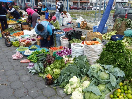 Otavalo Market: Wonderful selection of veggies