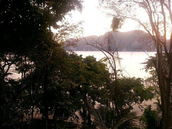 Bay View Resort: Vista desde la terrasa de nuestra cabaña