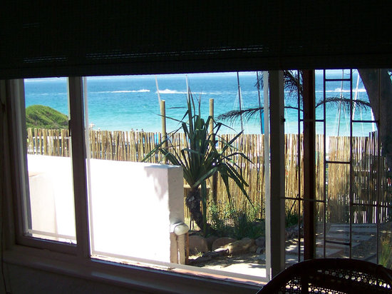Backpackers Beach House Lodge: Room with a View