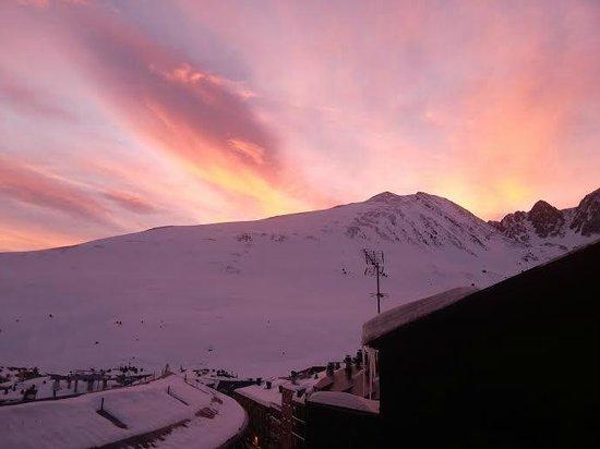 Magic Pas Hotel: beautiful view, dawn