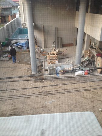 Grace Boutique Guest House: View from room of building site where pool used to be