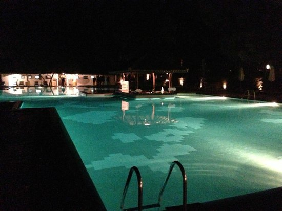 Amaya Lake : Outdoor pool