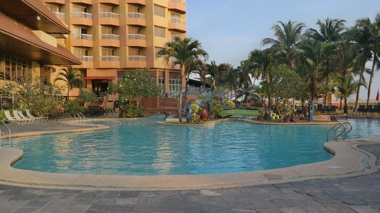 Nice Swimming Pool With Small Slide Picture Of Primula Beach Hotel Kuala Terengganu Tripadvisor