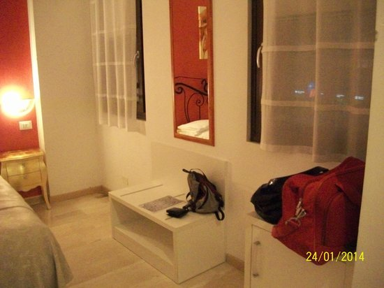 Hotel Ca'dei Barcaroli: camera