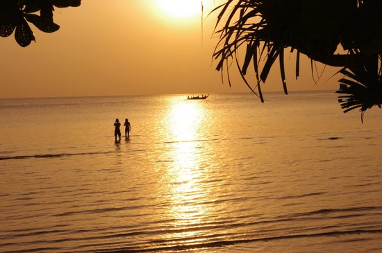 Mövenpick Resort Laem Yai Beach Samui: Abendstimmung